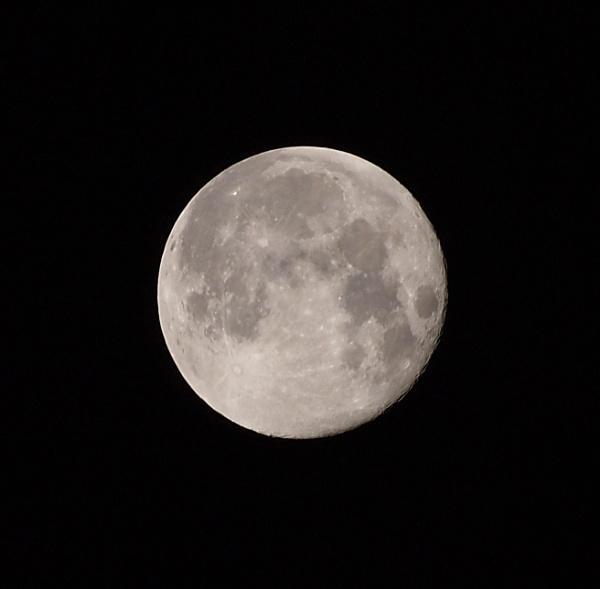 Super Moon by kevtrucker