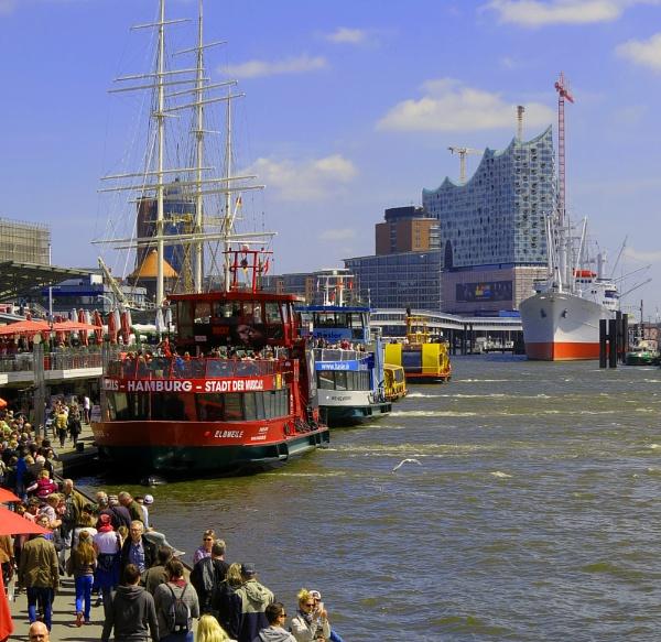 folly on the Elbe by EssexBienen
