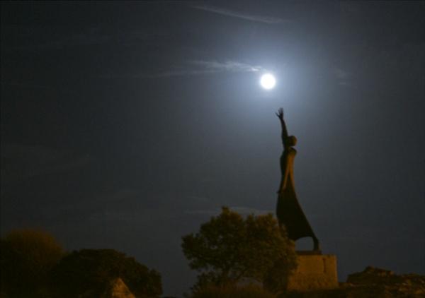 Big moon by alcontu