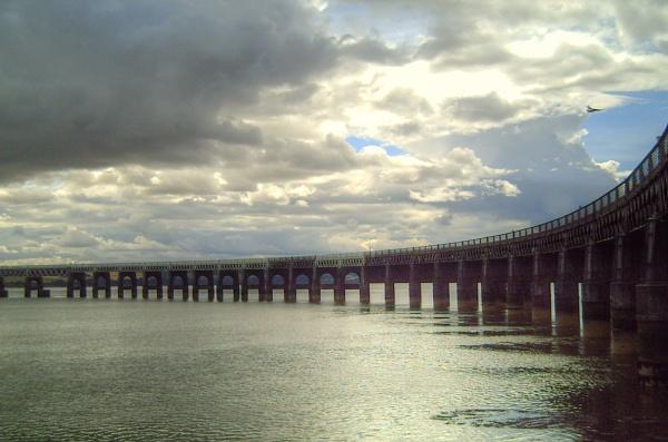 Twa bridges by liarsdance