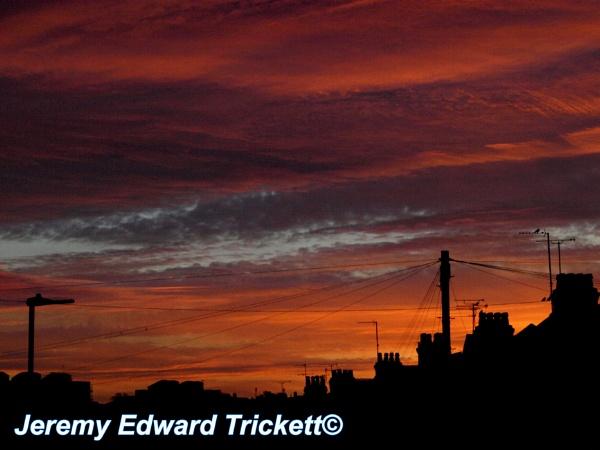 Sunny morning rise! by JeremyTrickett