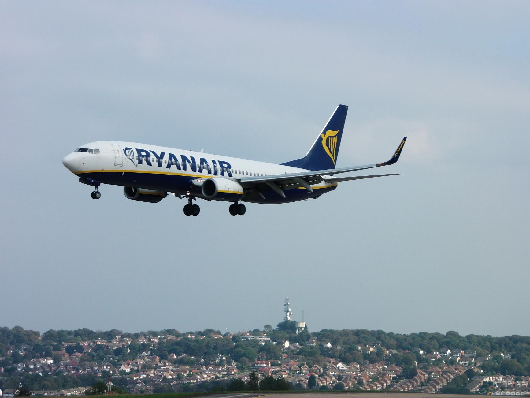 Ryanair - B737-800 Landing At Leeds Bradford Int