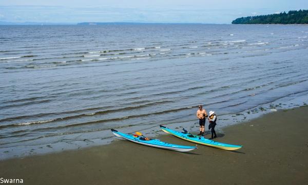 Kayakers... by Swarnadip