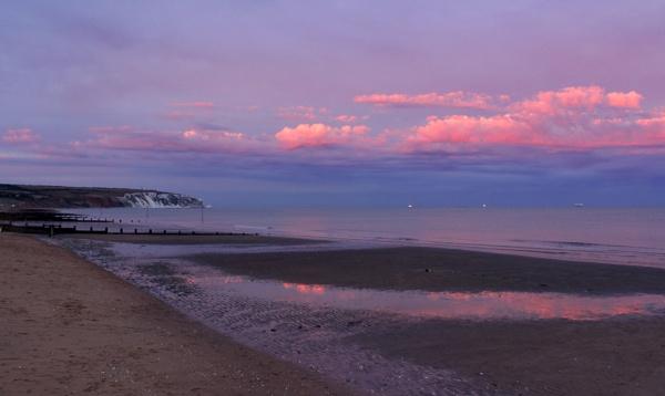 Eastern Sunset Phenomenon by Fefe