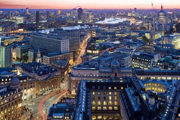 Bank - City of London by joasphoto