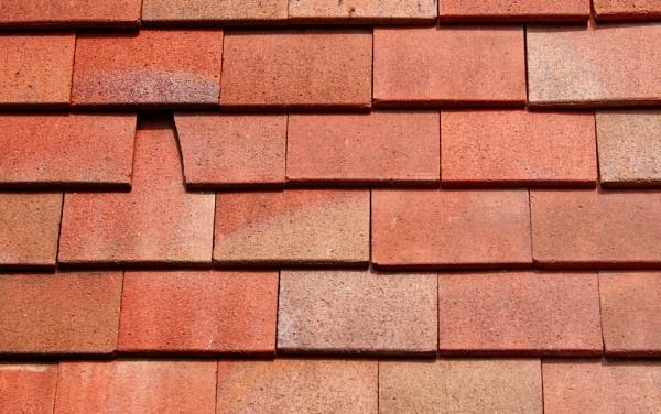Cracked [tile] by helenlinda