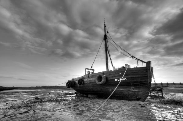 Old sailing boat, Walberswick by mikeb3