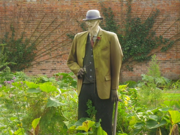 Well dressed scarecrow by pentaxpatty