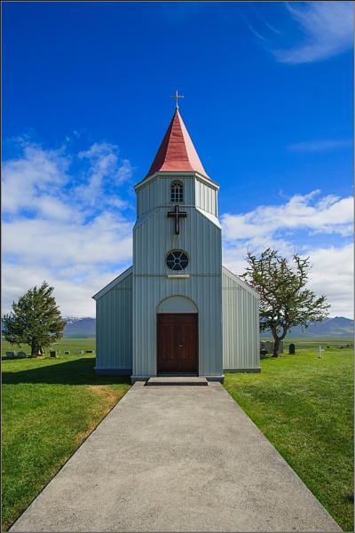 Glaumbaer Church #1 by scragend