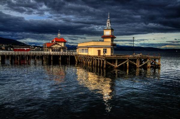 Dunoon Pier by scragend