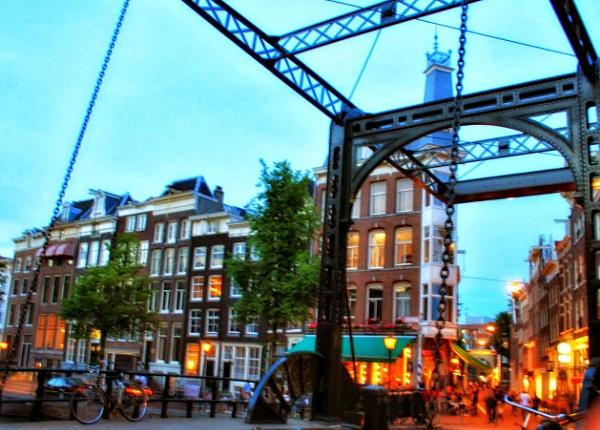 Amsterdam by MAdelinaVizoso