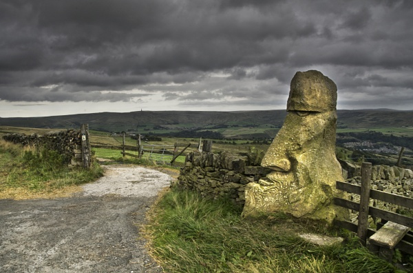 Stone Head above Todmorden by iangilmour