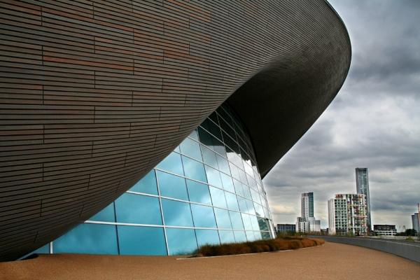 Olympic Aquatic Centre by nanpantanman
