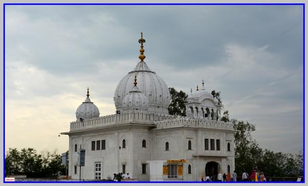 Anandpur Sahib  Gurdwara by Bantu
