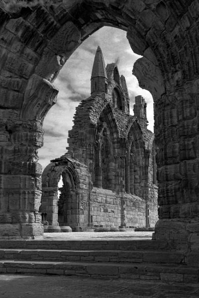 Abbey Arch by pledwith