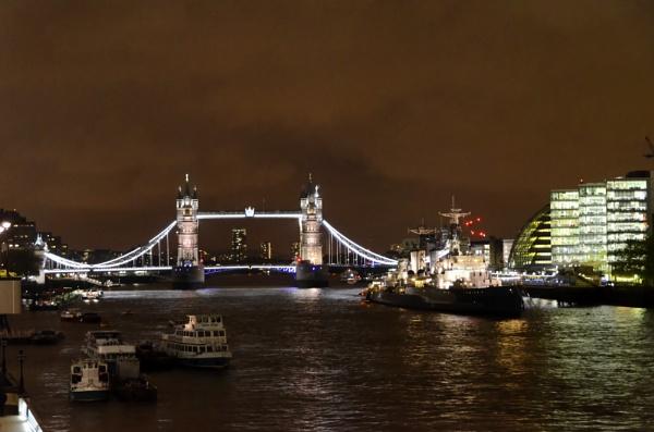 London Bridge by Tonyc49