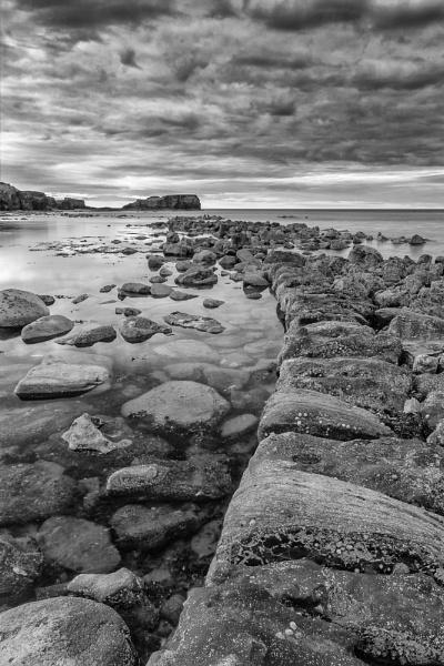 Saltwick Nab by bazza2