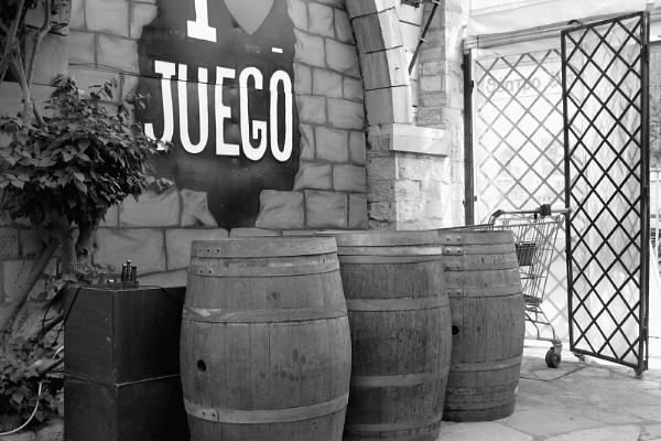 Barrels at Juego by Silverzone