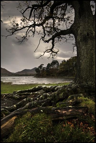 Moody Derwentwater by Niknut