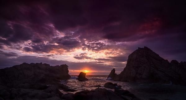 Sugarloaf Rock, WA by s1000rr