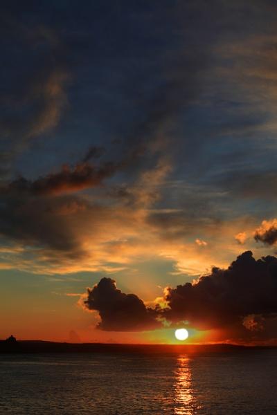Brooding dawn by haydntaylor
