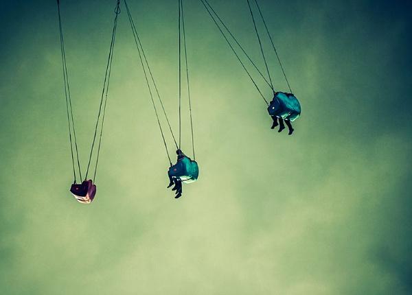 Hanging Around by davelich
