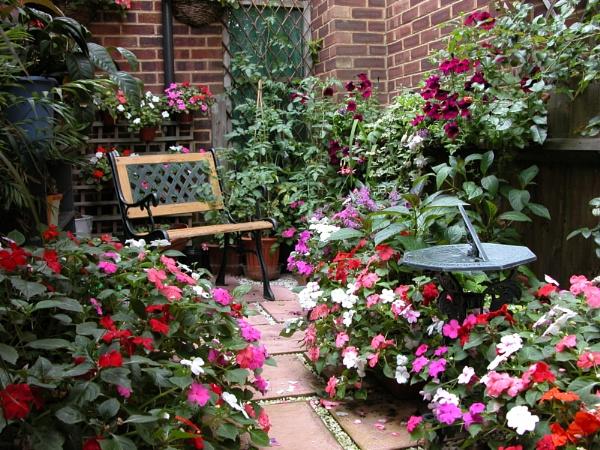 The Secret Garden by OlwenB