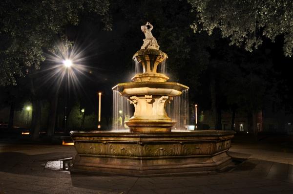Fountain in Split by millaross