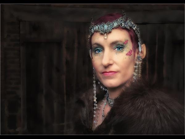 Elfan Queen by JaneMIchelle