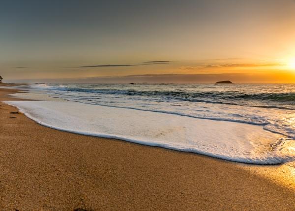 Beach Sunrise - Australia by dcurry