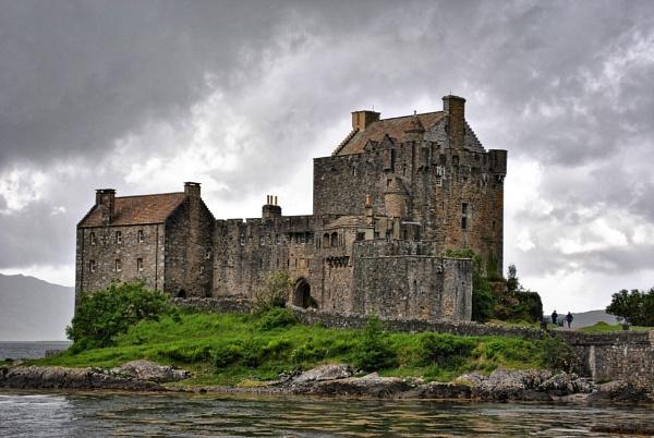 Eilean Donan Castle, Isle of skye by ggdorrian