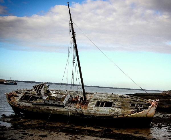 Titnor Wreck by johnlwadd