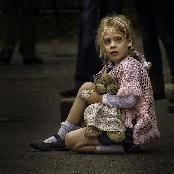 Little Girl Lost (Colour Version) by Dixxipix