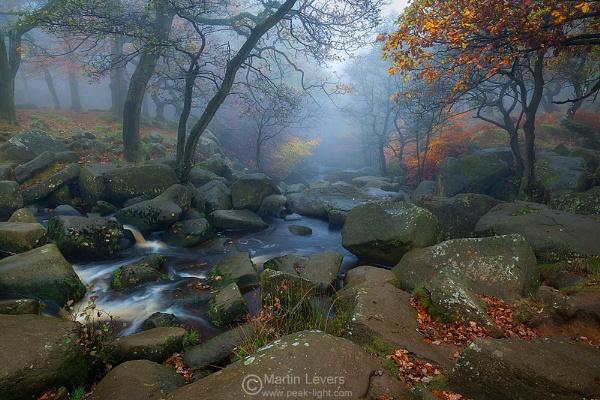 Padley Mist by martinl