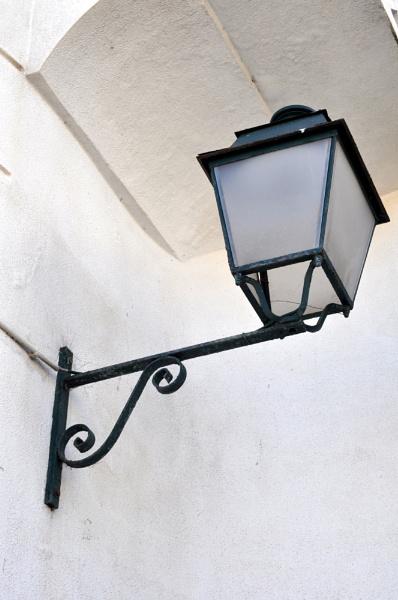Street lamp by HarrietH