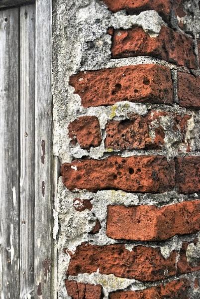 Weather worn brickwork by renoops