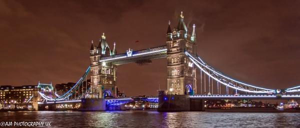 Tower Bridge by eyelevelphotographyuk