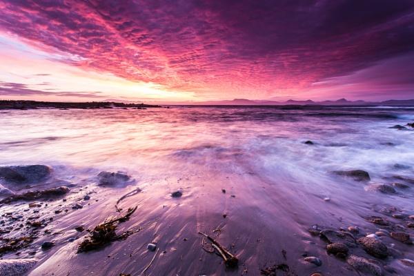 dawn skies by owenclarke