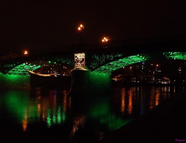 Zveryno bridge in Vilnius by kazeva