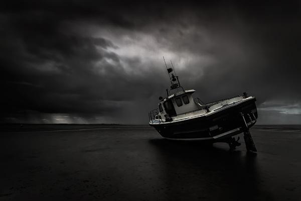 Thorpe Bay - Rain approaching by derekhansen