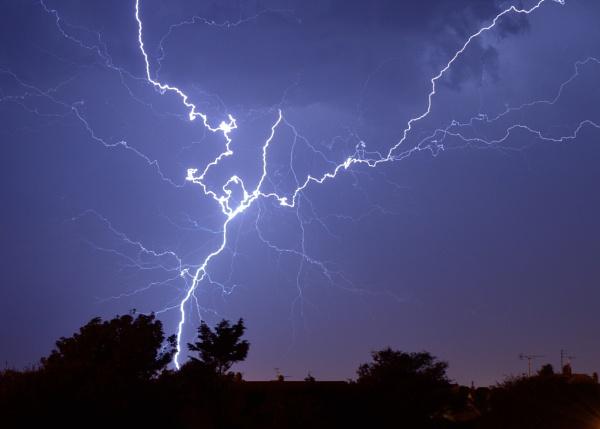 Lightning by nik50