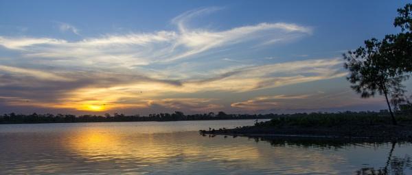 Murray Lagoon by JimHannnah