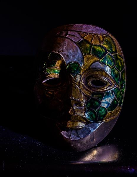 The Mask by Gillken