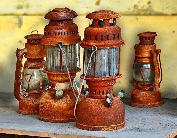 Rustic Lantern by usmanifakhruddin