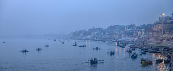 Ganga Ghat by jonathanbp