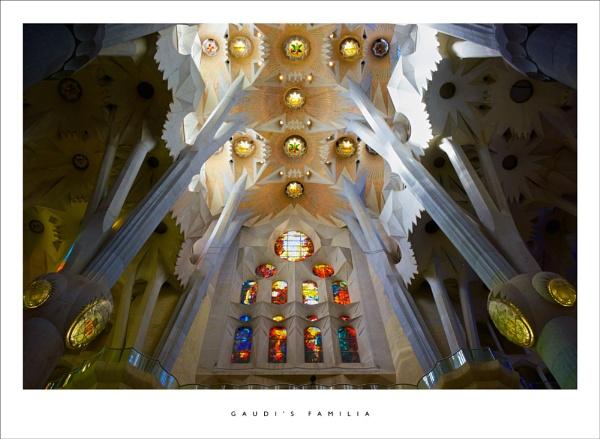Gaudi\'s Familia by parallax