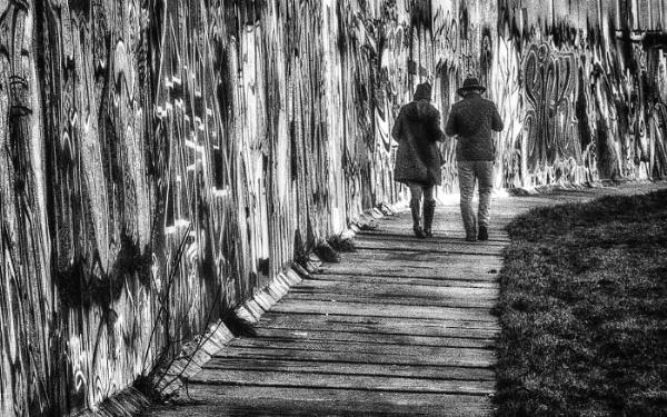 Walking the Berlin Wall by judidicks