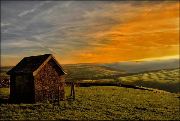 Setting Sun at Digley by malcf8