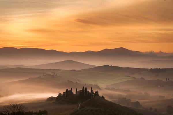 Belvedere Sunrise, Tuscany by SteveOh