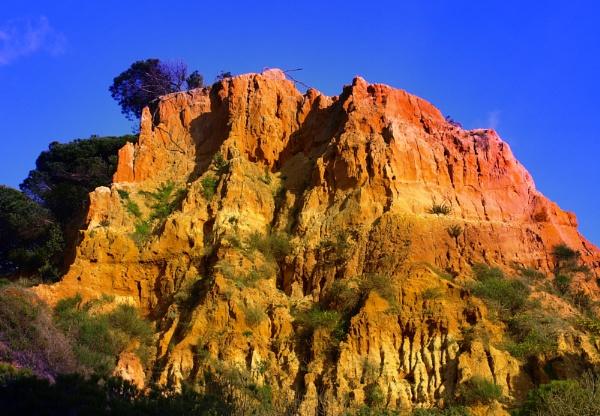Coloured Rocks by chensuriashi